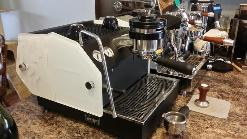 custom paint paneled la marzocco gs3 mp w strada mod finally done. Black Bedroom Furniture Sets. Home Design Ideas