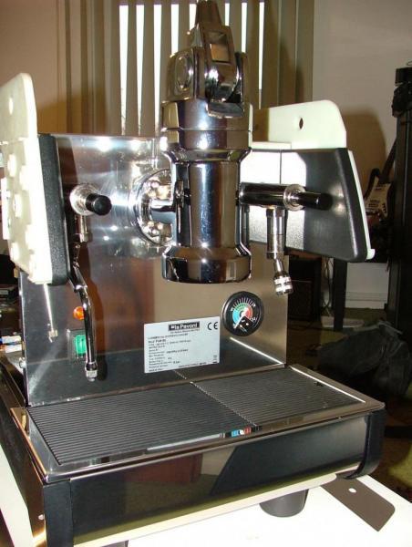 la pavoni pub 1el lever espresso machines. Black Bedroom Furniture Sets. Home Design Ideas