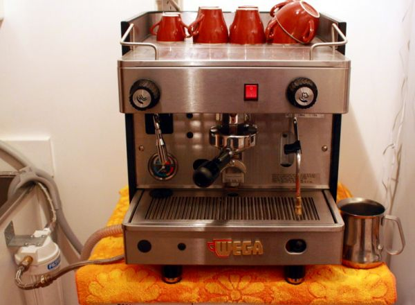 Descaling Plumbed In Commercial Espresso Machine