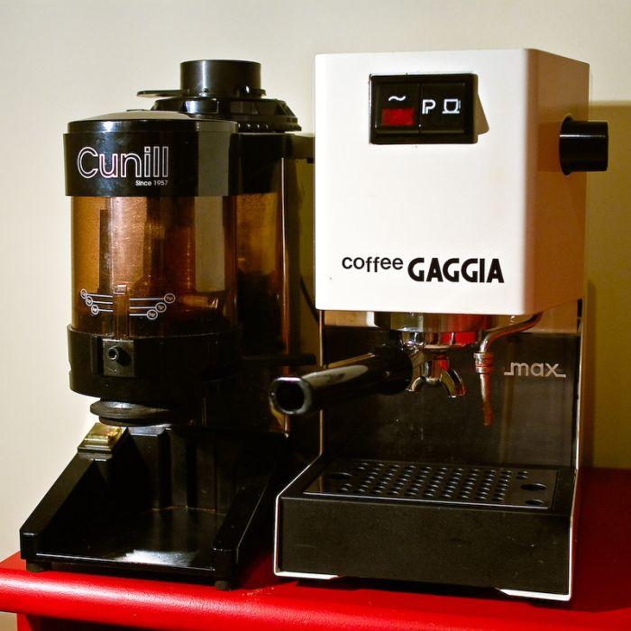 delonghi esam3300 espresso machine magnifica super automatic