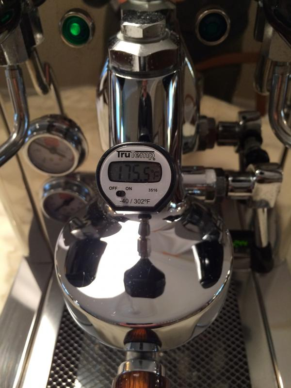 coffee machine with thermal carafe